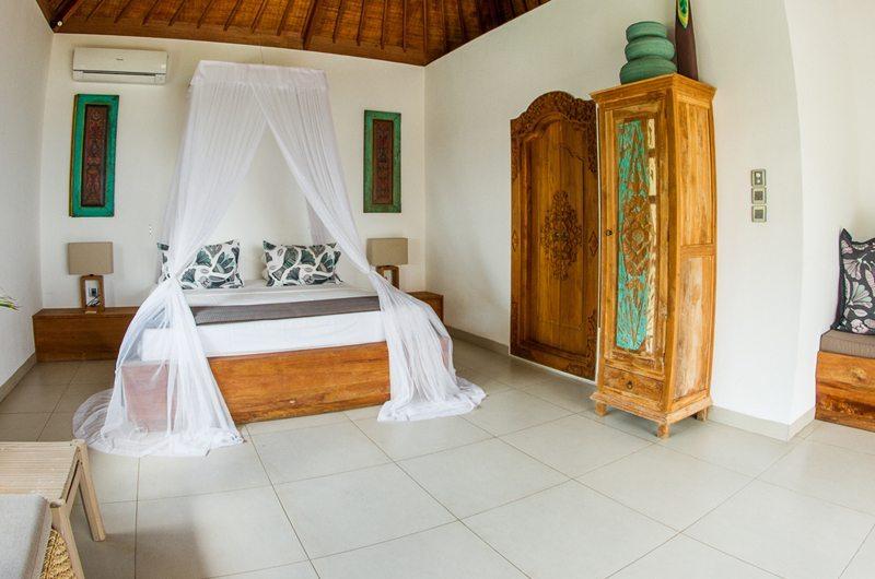 Bersantai Villas Villa Sinta Bedroom Front View | Nusa Lembongan, Bali