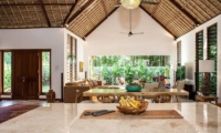 Castaway 3Br Living And Dining Room | Nusa Lembongan, Bali