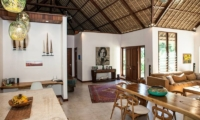 Castaway 3Br Living And Dining Area | Nusa Lembongan, Bali