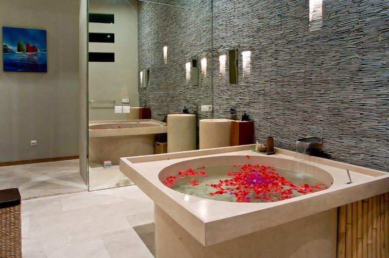 Eko Villa Bali Bathroom One | Seminyak, Bali