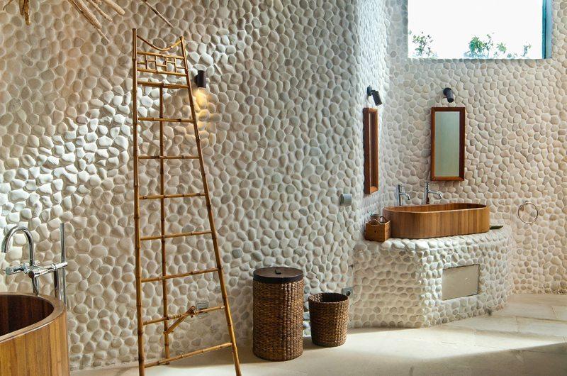 Eko Villa Bali Guest Bathroom | Seminyak, Bali