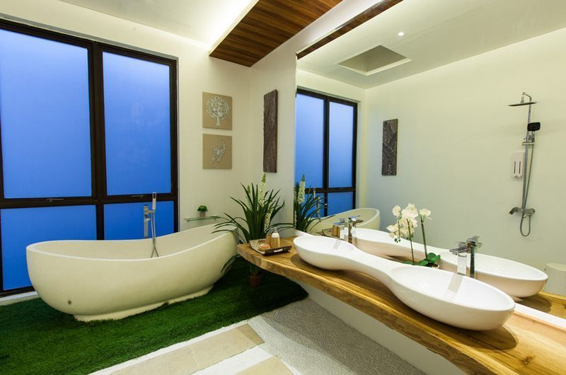 Nazeki Villa Bathroom   Uluwatu, Bali