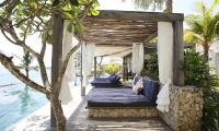 Opera Villa Lounge | Nusa Lembongan, Bali