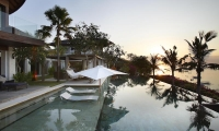 Opera Villa Pool Area | Nusa Lembongan, Bali