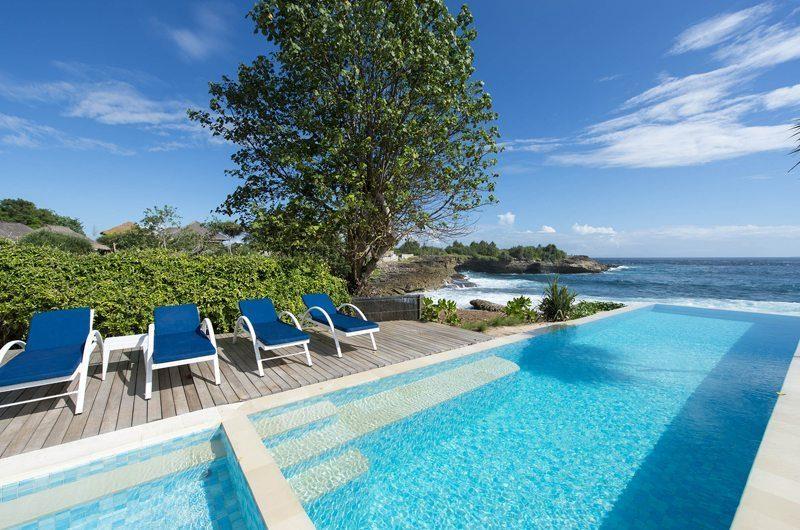 The Beach Shack Sun Beds | Nusa Lembongan, Bali