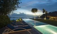 The Beach Shack Night View | Nusa Lembongan, Bali
