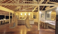 The Beach Shack Living and Dining Area | Nusa Lembongan, Bali