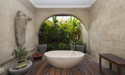 Villa Anyar Bathtub | Umalas, Bali