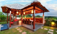 Villa Bukit Lembongan Villa One Outdoor Dining | Nusa Lembongan, Bali