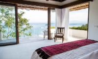 Villa Lago Guest Bedroom | Nusa Lembongan, Bali