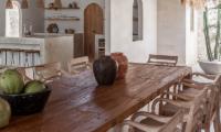 Villa Massilia Dua Classic Dining Table | Seminyak, Bali