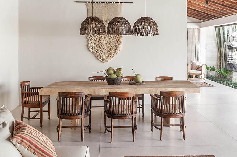 Villa Massilia Satu Dining Table | Seminyak, Bali