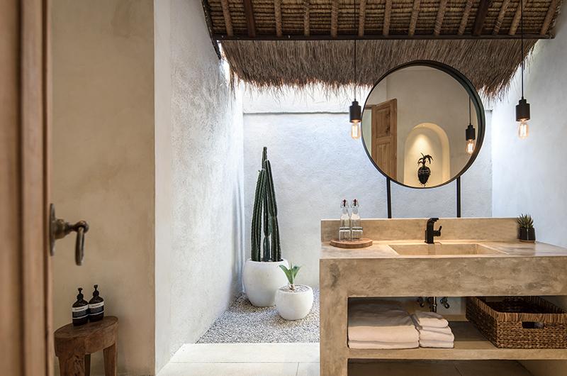Villa Massilia Satu Semi Open Bathroom | Seminyak, Bali