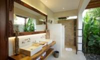 Villa Naty Guest Bathroom | Umalas, Bali