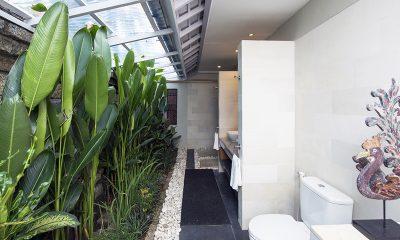 Villa Rinca Anyar Estate En-suite Bathroom | Umalas, Bali