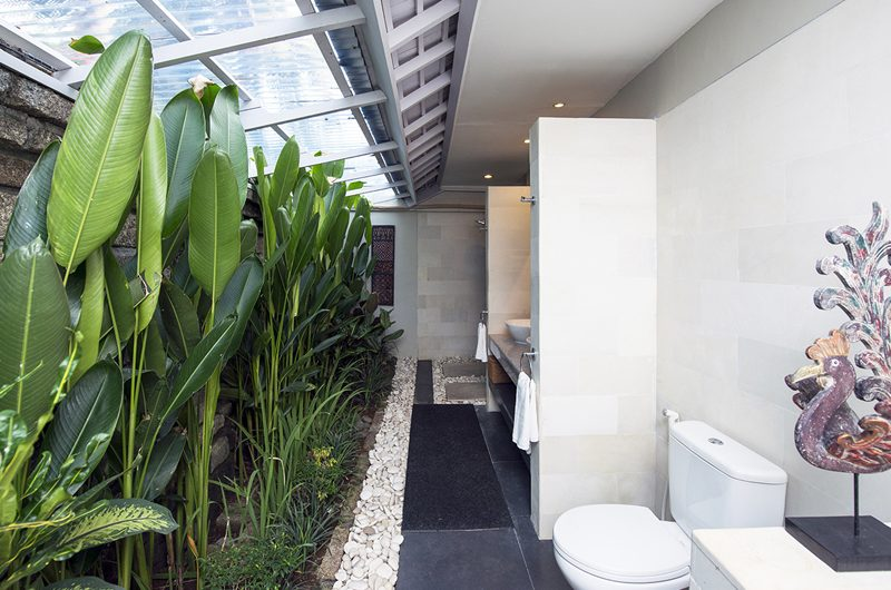 Villa Rinca Anyar Estate En-suite Bathroom | Umalas, Bali