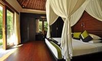 Villa Sasoon Master Bedroom | Candidasa, Bali