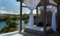 Villa Tranquilla Pool Bale   Nusa Lembongan, Bali