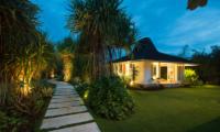 Villa Tranquilla Entrance   Nusa Lembongan, Bali