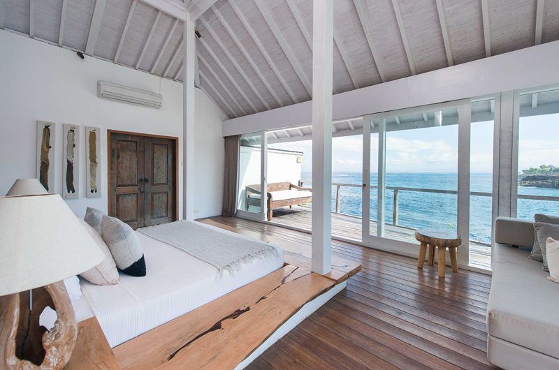 Villa Tranquilla Bedroom with Sea View   Nusa Lembongan, Bali