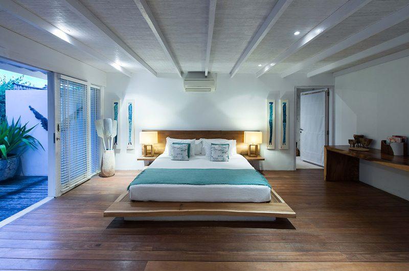 Villa Tranquilla King Size Bed with View   Nusa Lembongan, Bali