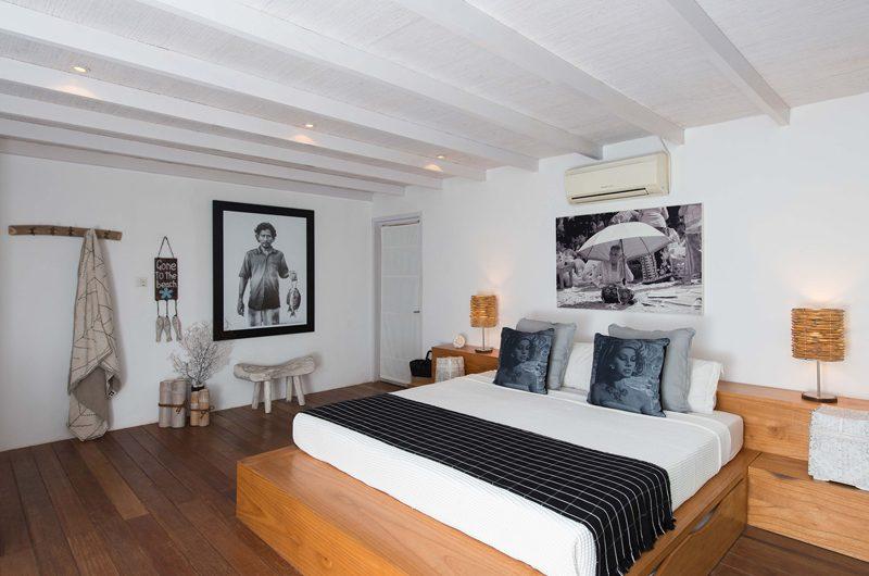 Villa Tranquilla King Size Bed   Nusa Lembongan, Bali