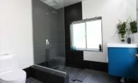Hakuba Slopeside Chalet Guest Bathroom | Hakuba, Nagano
