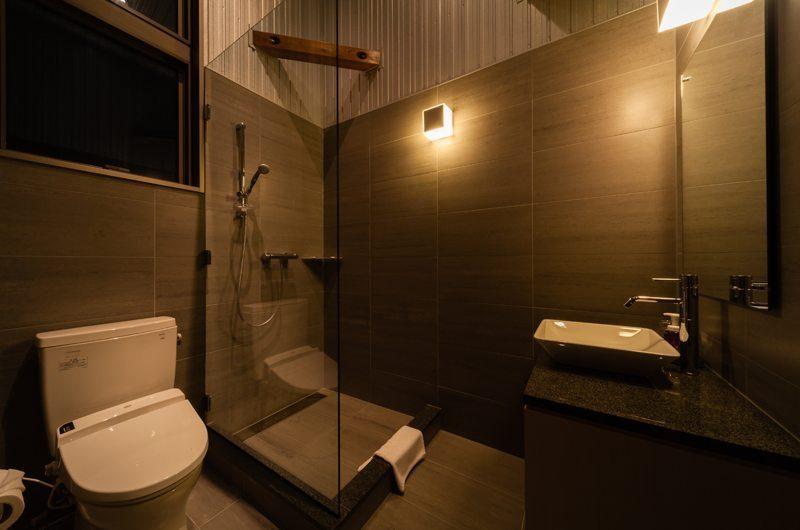 Phoenix Chalets 3br En-suite Bathroom | Hakuba, Nagano