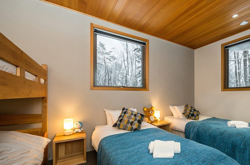 Phoenix Cocoon Twin Bedroom | Hakuba, Nagano