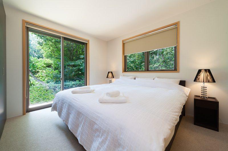 Solar Chalets Guest Bedroom | Hakuba, Nagano