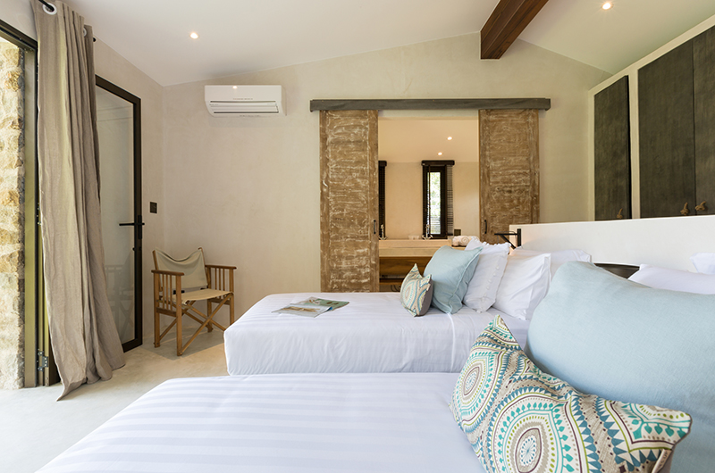 Koh Koon Twin Bedroom with Seating | Koh Samui, Thailand