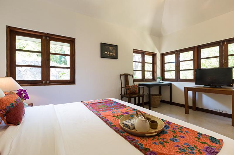 Villa Samudra Double Bedroom with TV | Koh Samui, Thailand