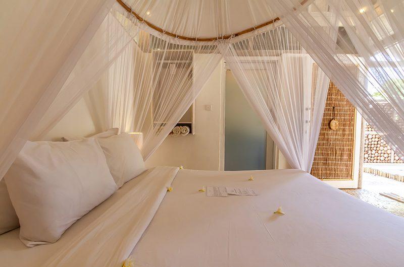 Les Villas Ottalia Gili Meno Bedroom with Pool View | Gili Meno, Lombok