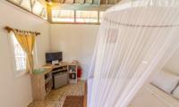 Les Villas Ottalia Gili Meno Bedroom with TV | Gili Meno, Lombok