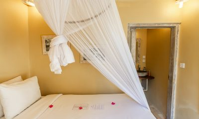 Les Villas Ottalia Gili Meno Bedroom with Enclosed Bathroom | Gili Meno, Lombok