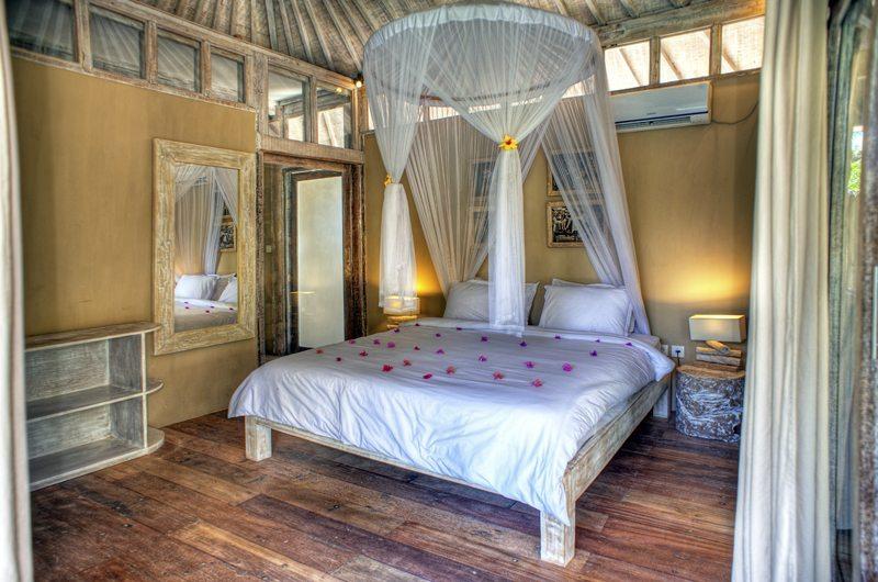 Les Villas Ottalia Gili Trawangan Master Bedroom Side View | Gili Trawangan, Lombok