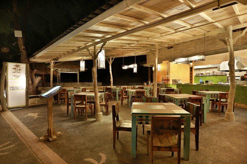 Vila Ombak Restaurant | Gili Trawangan, Lombok