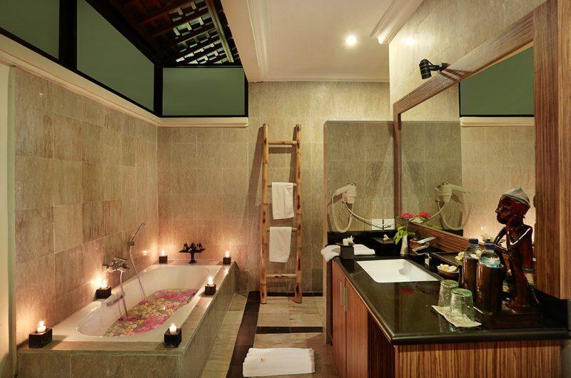 Vila Ombak Bathroom | Gili Trawangan, Lombok