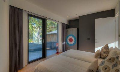 Millesime Twin Bedroom Side View | Lower Hirafu, Niseko