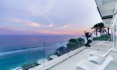 Grand Cliff Front Residence Balcony | Uluwatu, Bali