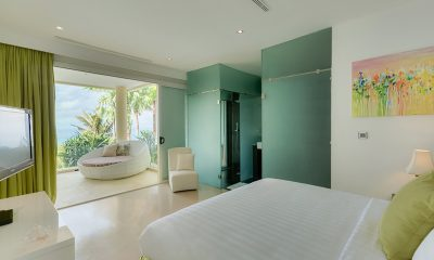 Grand Cliff Front Residence Bedroom and Balcony | Uluwatu, Bali