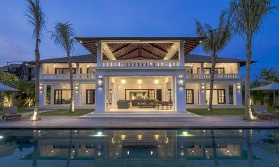 Villa Tjitrap Night View | Seminyak, Bali