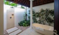 Villa Tjitrap Open Plan Bathtub | Seminyak, Bali