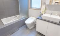 Bluebird Chalets Bathroom | Hakuba, Nagano
