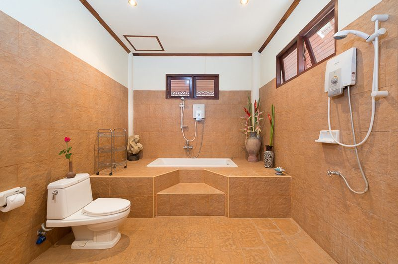 Baan Sijan Bathroom One | Koh Samui, Thailand
