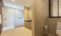 Panacea Retreat Purana Residence Bathroom One | Bophut, Koh Samui