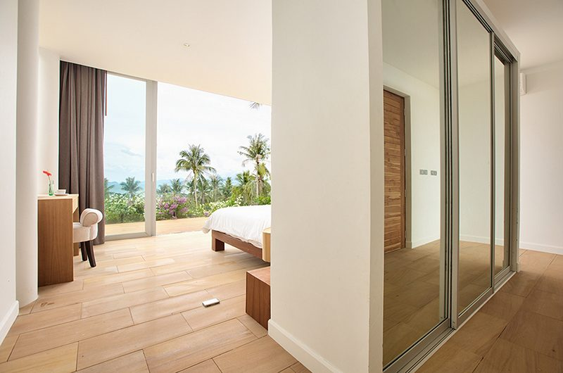 Villa Monsoon Bedroom with Study Table | Bang Por, Koh Samui