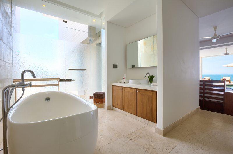Villa White Tiger Bathtub | Koh Samui, Thailand