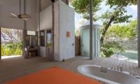 Soneva Fushi Bathroom | Baa Atoll, Male | Maldives
