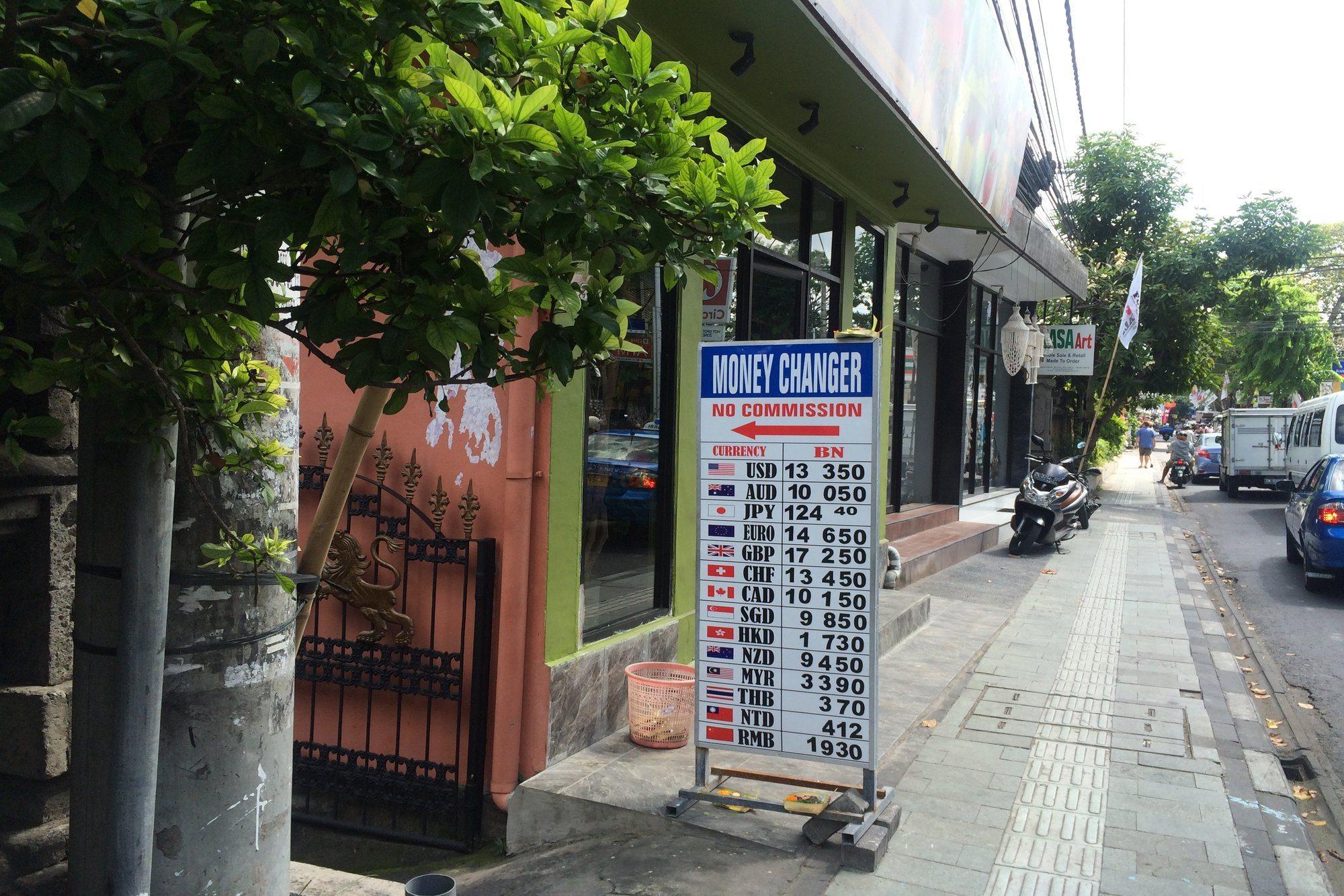 Help! I'm in Ubud and Need to Exchange Money!